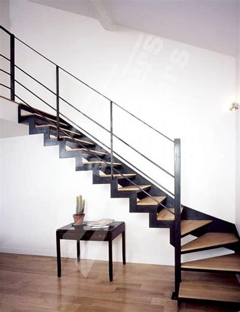 Protection Marche Escalier Bois by Les 25 Meilleures Id 233 Es Concernant Res D Escalier En