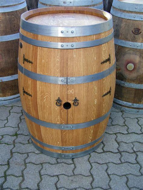 Fass Als Bar Umbauen by Weinfass Weinschrank Barfass Mit Kleinen T 252 Ren Kaufen