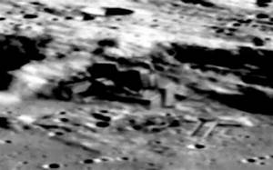 2014: Did China's Chenge-2 Find a Hidden Moonbase? - Think ...