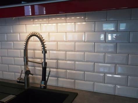 cr馘ence mosaique cuisine carrelage mural cuisine mosaique lertloy com