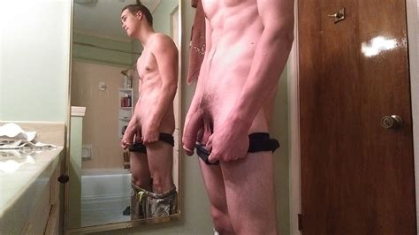 Hot Guy With A Big Thick Soft Penis - Nude Selfie Men