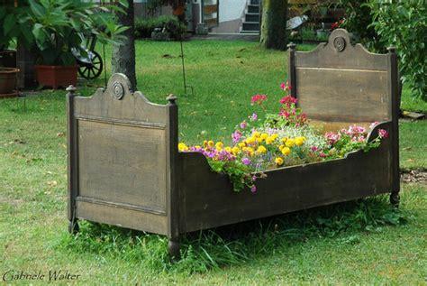 Ein Bett Im Garten  Ichenhausen Myheimatde