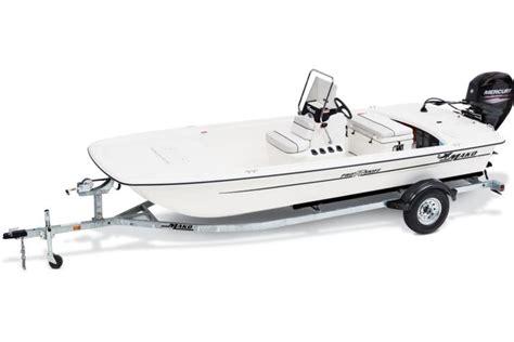 Mako Boats Bass Pro by Mako Boats Inshore Boats 2017 Pro Skiff 17 Cc Description