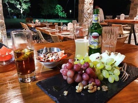 cuisine boheme la boheme bar restaurant golden restaurant