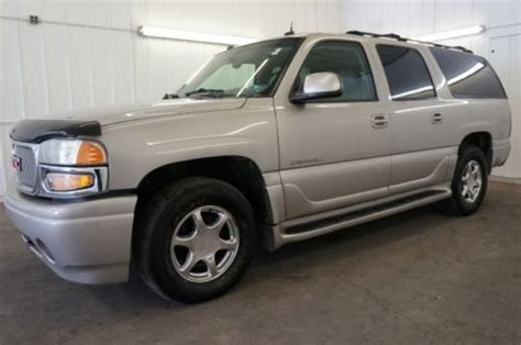 how does cars work 2004 gmc yukon xl 2500 free book repair manuals buy used 2004 gmc yukon denali xl fully loaded awd ready to work nice clean navigation in