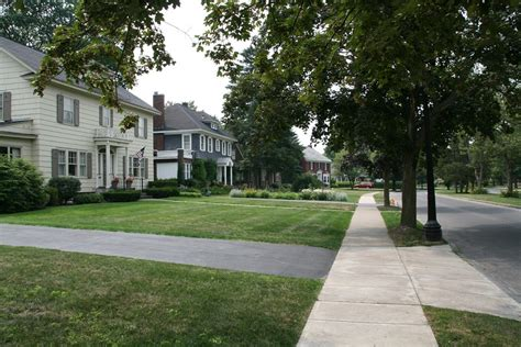 Filehomes In A Residential Neighborhood, July 2008jpg