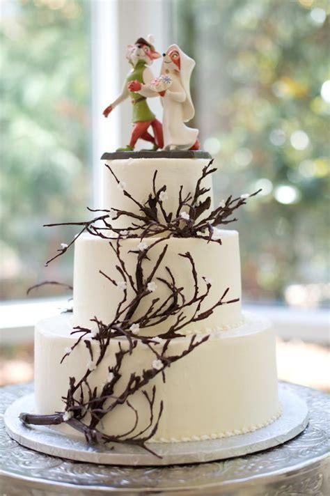 disney inspired wedding cakes  jaw dropping
