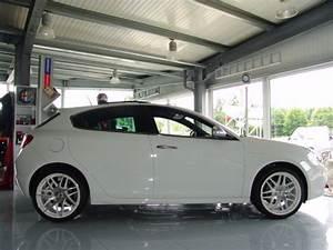Alfa Romeo 147 Felgen 17 Zoll : alfa romeo giulietta mit 19 zoll zeisberg corse r dern ~ Kayakingforconservation.com Haus und Dekorationen