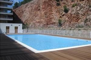 3 pieces dans residence avec piscine location vacances a With location vacances residence avec piscine