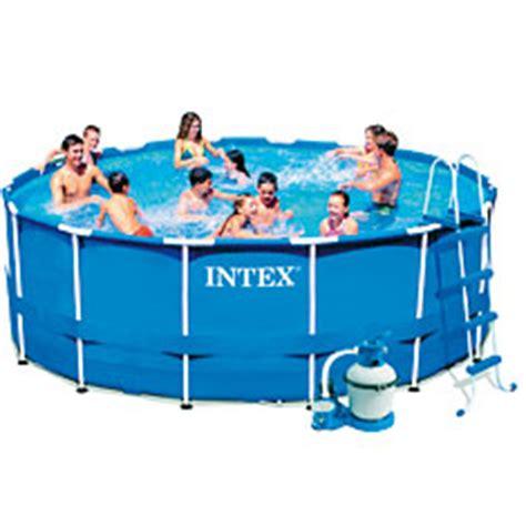 comment entretenir une piscine gonflable piscine gonflable ou tubulaire 4 conseils avant d acheter sa piscine provence outillage