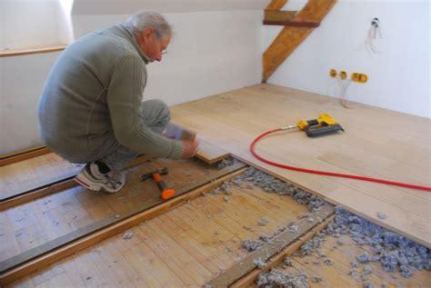 pose de plancher bois nivrem pose terrasse plancher bois diverses id 233 es de conception de patio en bois pour