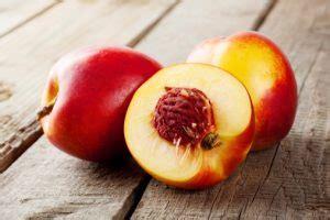 Health Benefits of Nectarines, Nectarine Nutrition Facts