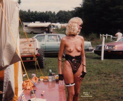 Nudes A Poppin 1980s Voyeur Web