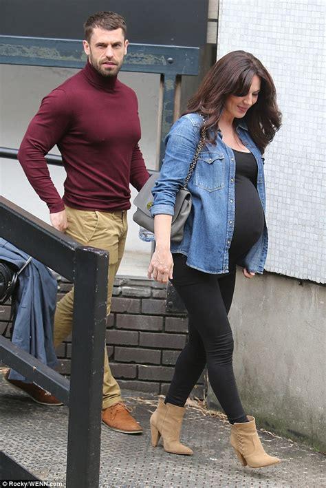 kelvin fletchers pregnant wife elizabeth shows