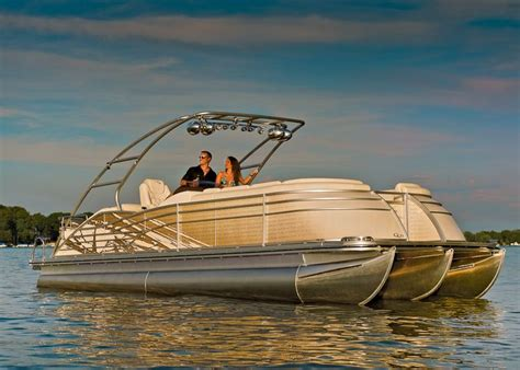 Wakeboard Tower Pontoon Boat by Q Series Bennington Pontoon With Wakeboard Tower