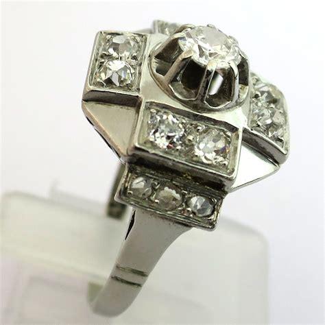 bijoux anciens deco 28 images bijoux anciens d 233 co diamants en platine vendus bague