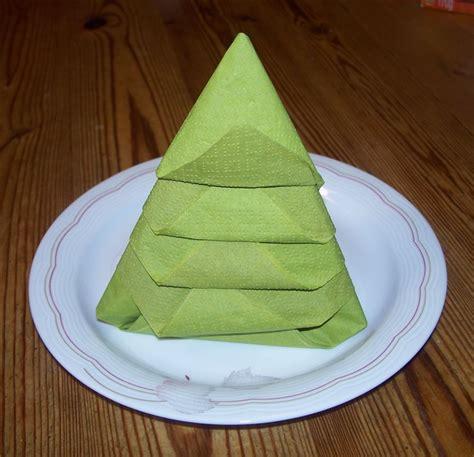 servietten tannenbaum falten servietten falten tannenbaum bastelfrau