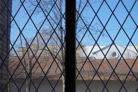 leaded window repair cost   checkatrade