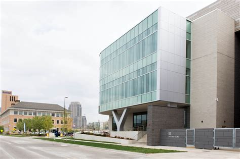 leadership center opens  pew grand rapids campus gvnow