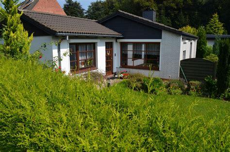 Häuser Kaufen Norden by Bungalow Mit Sch 246 Nem Grundst 252 Ck In Albersdorf Sch 246 Ner