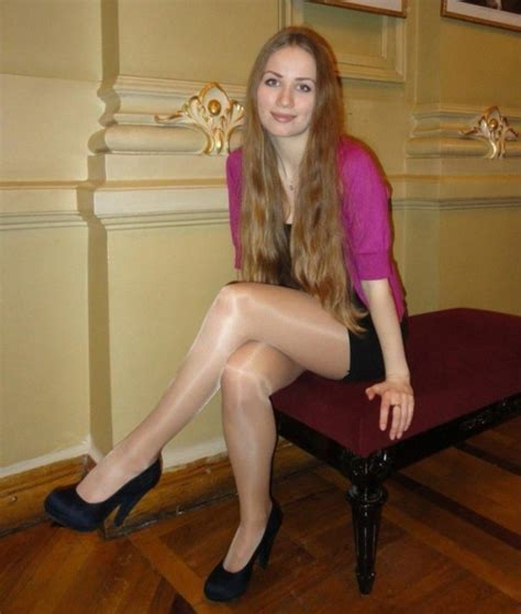 girls  high heels  pics