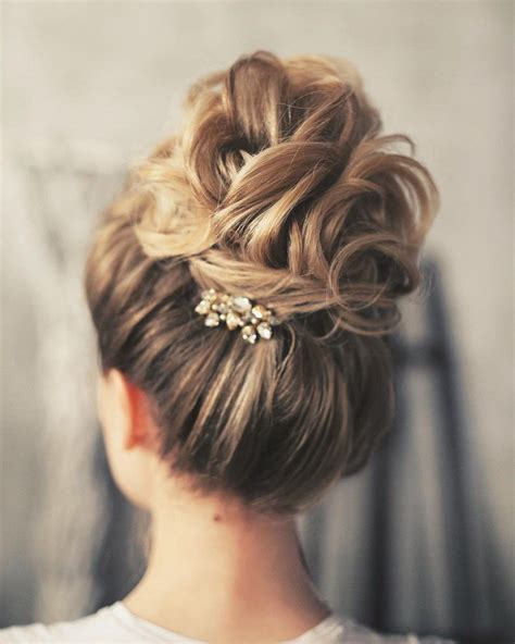 Updo Hairstyles For Wedding by 35 Wedding Bridesmaid Hairstyles For Hair
