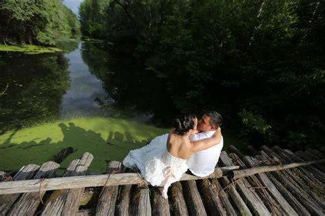Awesome รูปภาพฟรี เจ้าสาว, ชุดแต่งงาน, ไม้, สะพาน, ถิ่น ...