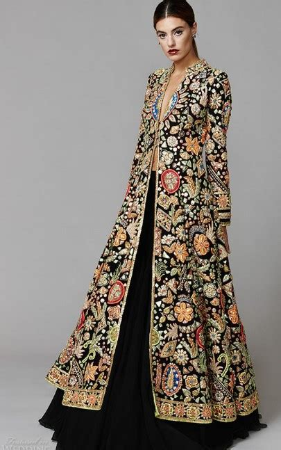 koleksi model gamis batik kombinasi polos modern