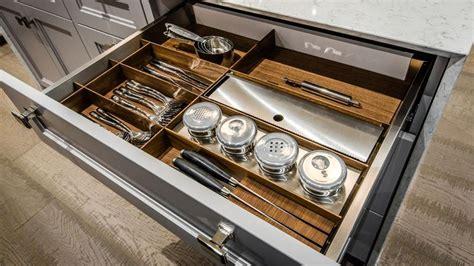 accessoire tiroir cuisine tiroir d 39 accessoires de cuisine accessoires sur mesure tendances concept