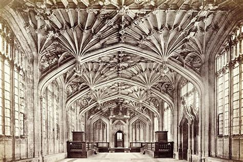 Il Gotico Inglese E Sue Evoluzioni Early English