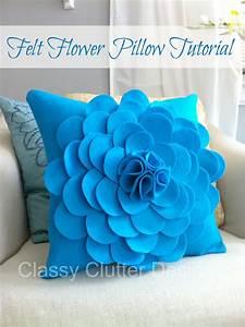 How to make a Felt Flower Pillow - Classy Clutter