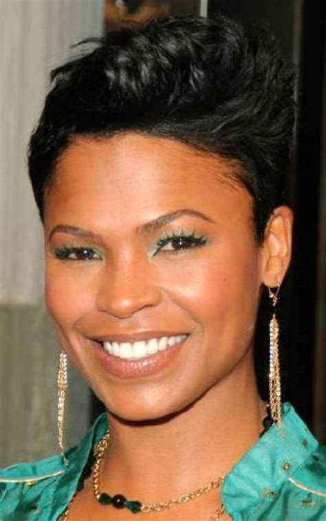 Jewelry, Fashion and Celebrities: Black Women Short Hair