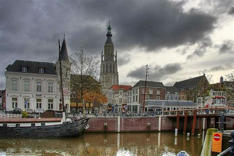 Breda Pictures | Photo Gallery of Breda - High-Quality ...