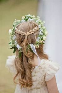 Couronne De Fleurs Mariage Petite Fille : 56 id es pour choisir et faire la plus jolie coiffure de mariage pour petite fille ~ Dallasstarsshop.com Idées de Décoration