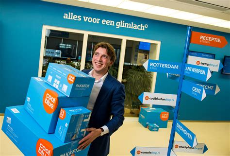 eerste coolblue megastore opent  amsterdam foto adnl
