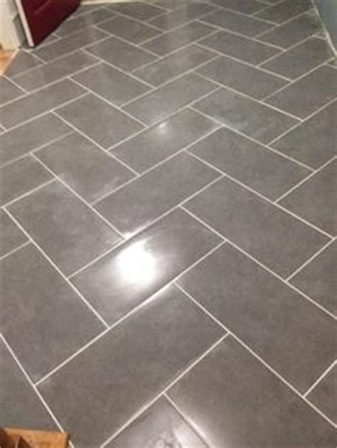 Mitte Gray Tile Grout Color by Here Is The Quot After Quot Flooring Went With Large Gray Tiles