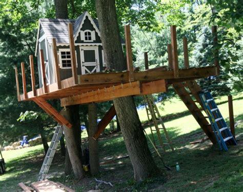 Baumhäuser Selber Bauen by Baumhaus Bauen Schaffen Sie Einen Ort Zum Spielen F 252 R