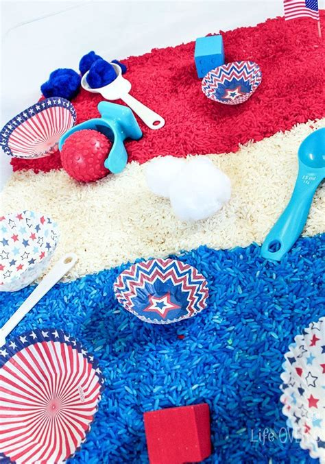 fabulous white and blue patriotic sensory bin kid 913   88b199749980b962000a24e56f23721f