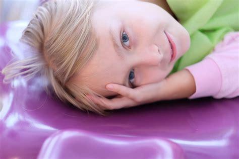Ko darīt, ja bērnam ir paniskas bailes no zobārsta? | Dr ...