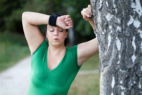 Schwitzen Bei Übergewicht Was Sie Dagegen Tun Können