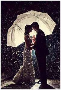 25 best ideas about umbrella wedding on pinterest rain for Umbrella wedding photos
