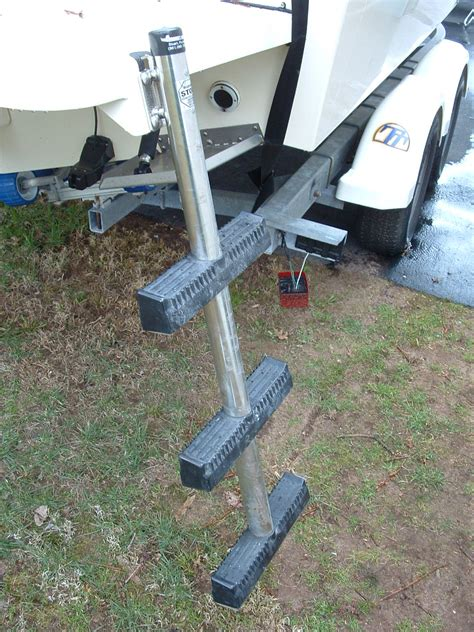 Armstrong Boat Ladder by Finally Pics Armstrong Ladder Omc S S Prop New Compass