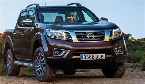 The nissan navara is the name for the d21, d22, d40 and d23 generations of nissan pickup trucks sold in central america, south america, asia, europe, south africa, new zealand and australia. Nissan Navara NP300, la revolución de los Pick Up - Trofeo ...