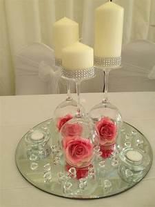 Centre De Table Mariage : pink flower upside down wineglass centerpiece w ideas ~ Melissatoandfro.com Idées de Décoration