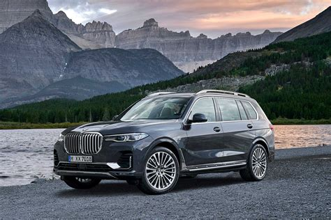 bold new 2019 bmw x7 range topping suv revealed motoring research