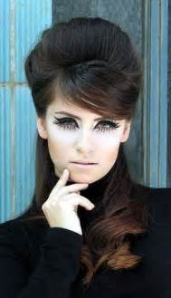 Retro 60s Makeup and Hair