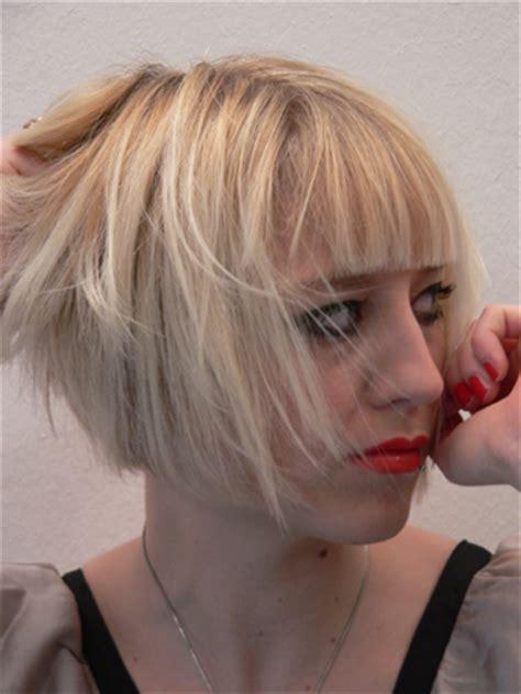 frisur pony kurz frauen frisuren haarschnitte fotos galerie friseure daum