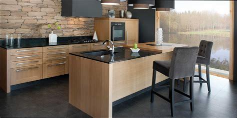 cuisine bois et noir cuisine bois et noir galerie et cuisine bois contemporaine