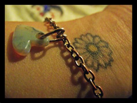 daisy tattoo on Tumblr