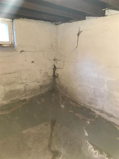 Foundation Repair   Waterproofing and Stabilizing